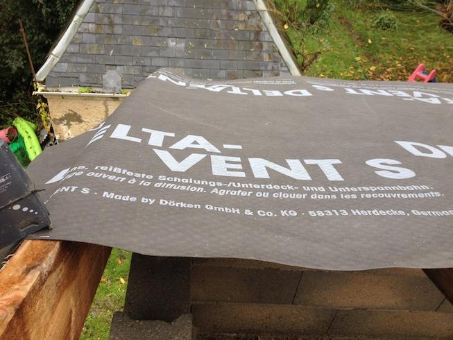 Installer un cran sous toiture pare pluie for Toiture sans pare pluie