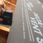 installer-ecran-sous-toiture-par-pluie-6