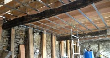 realiser-plafond-platre-rail-4